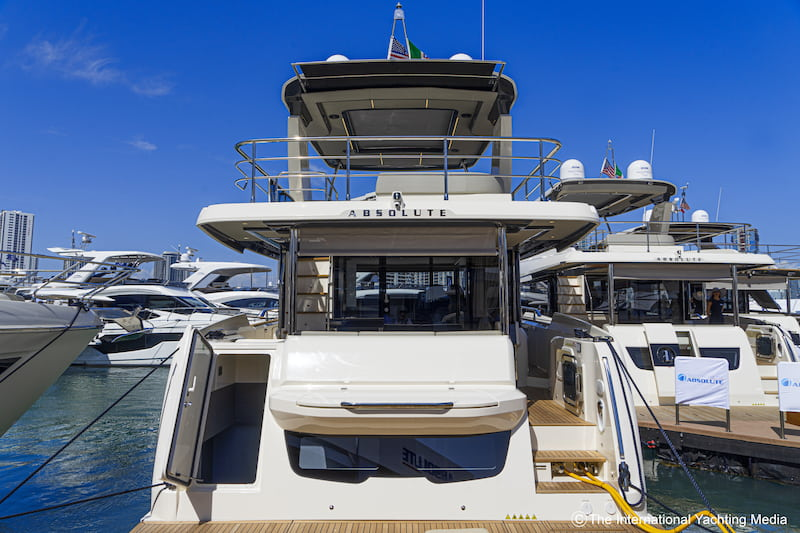Absolute Yachts Navetta52, poupe