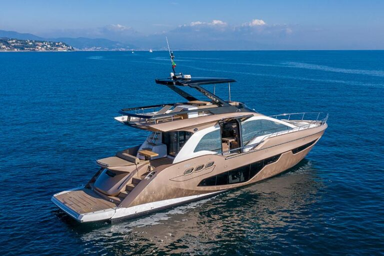 sessa fly 68 gullwing, ouvertures latérales